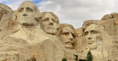 4 presidents of usa statue